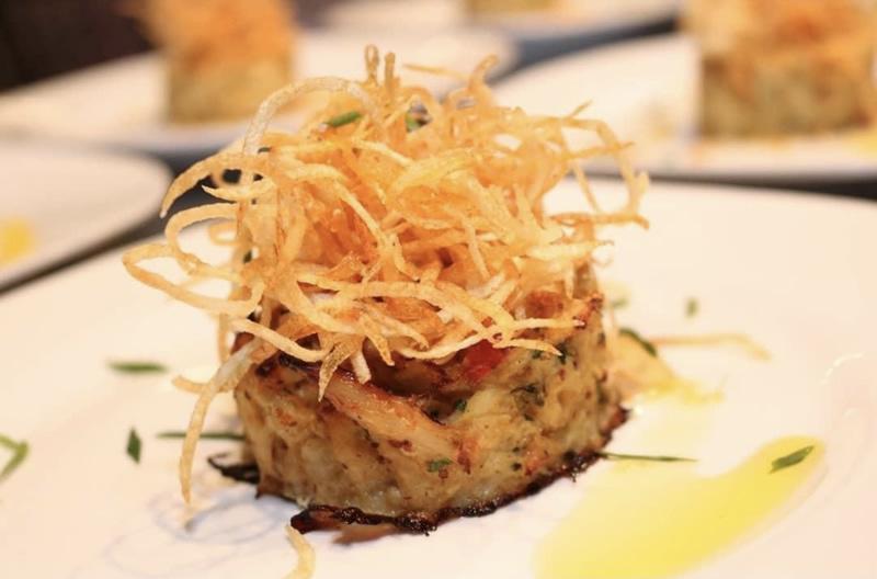 FDL Lumpy seafood Crab Cakes